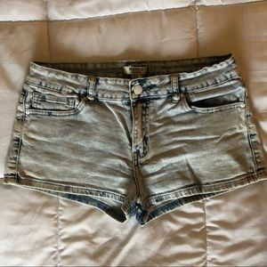 White washed denim shorts